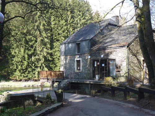 Moulin Cambier, de oude watermolen met prachtig terras