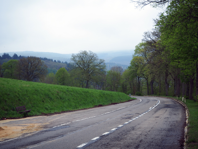 eerste zicht op het heuvellandschap van het Ourthedal