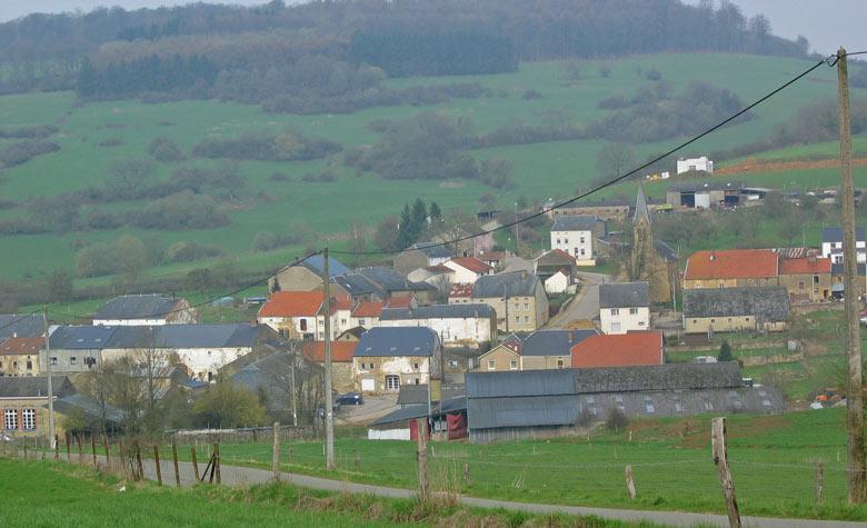 voor ons het dorpje Couvreux