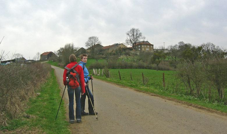op de heuvel ligt het eindpunt Montquintin