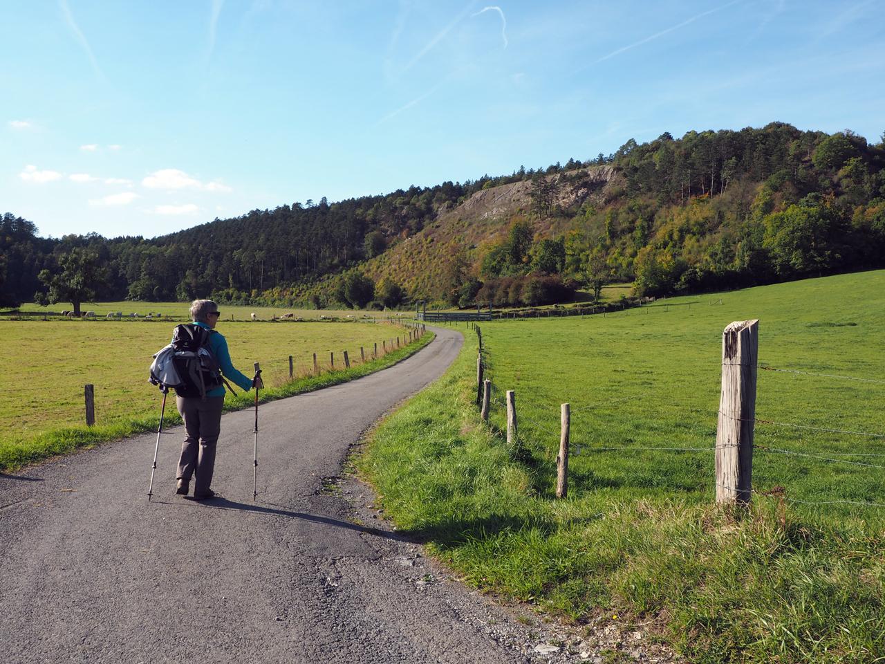 fijn wandelen door het natuurpark É Namré