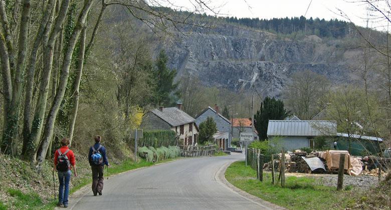 nadering van Resteigne, het eindpunt van de wandeling