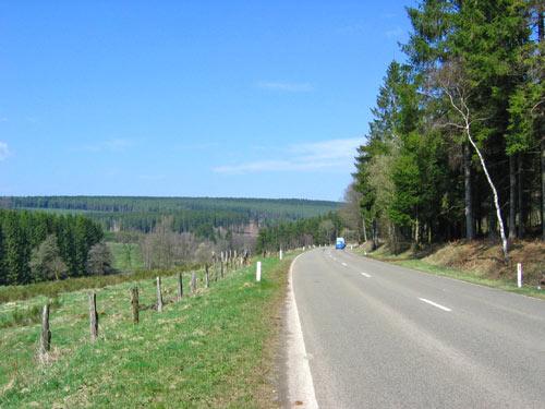 een stukje langs de hoofdweg naar Amberloup