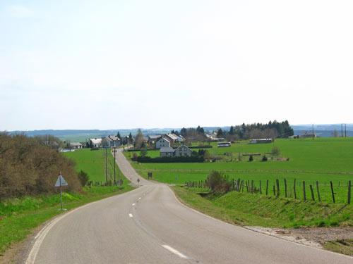 een stukje over de hoofdweg naar Nadrin