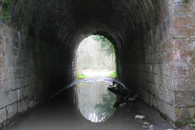 de derde tunnel van vandaag staat vol water