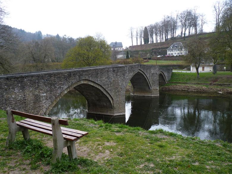 de Pont de Cordemois over de Semois