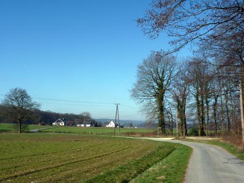 bossen en open velde wisselen elkaar af