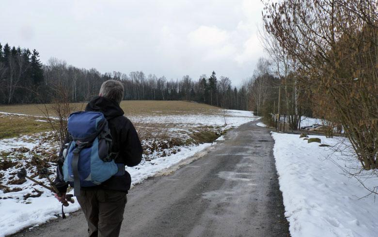 de laatste meters over de bergrug op weg naar het startpunt Ostrau