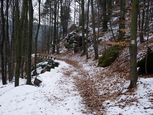 omhoog over de Grenzweg, op de rand van Tsjechië