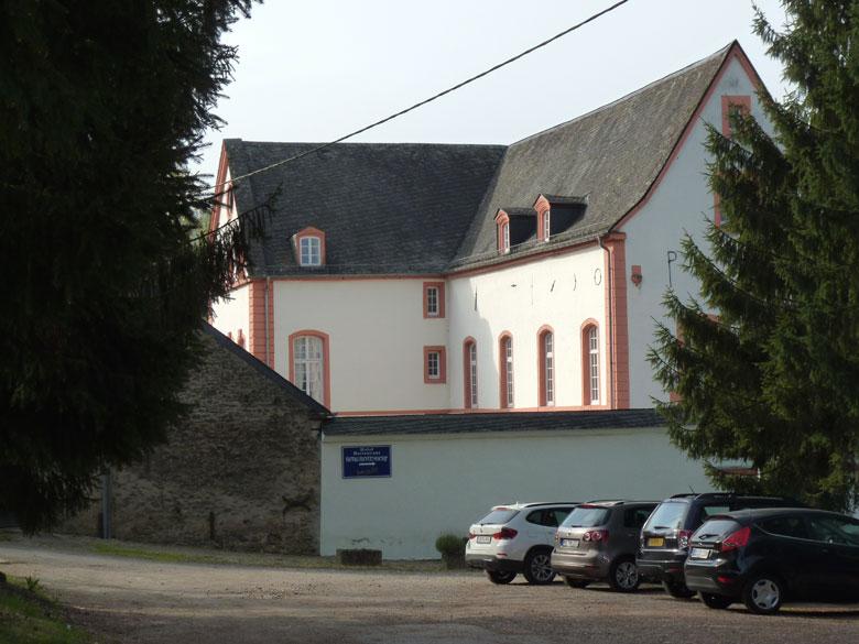we parkeren bij Burg Bollendorf