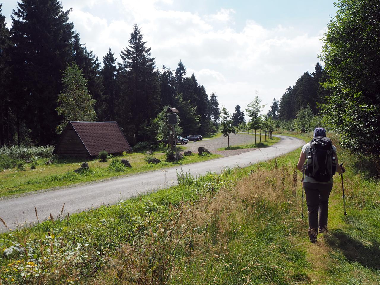 Schuilhut en parkeerplaats Bergsee