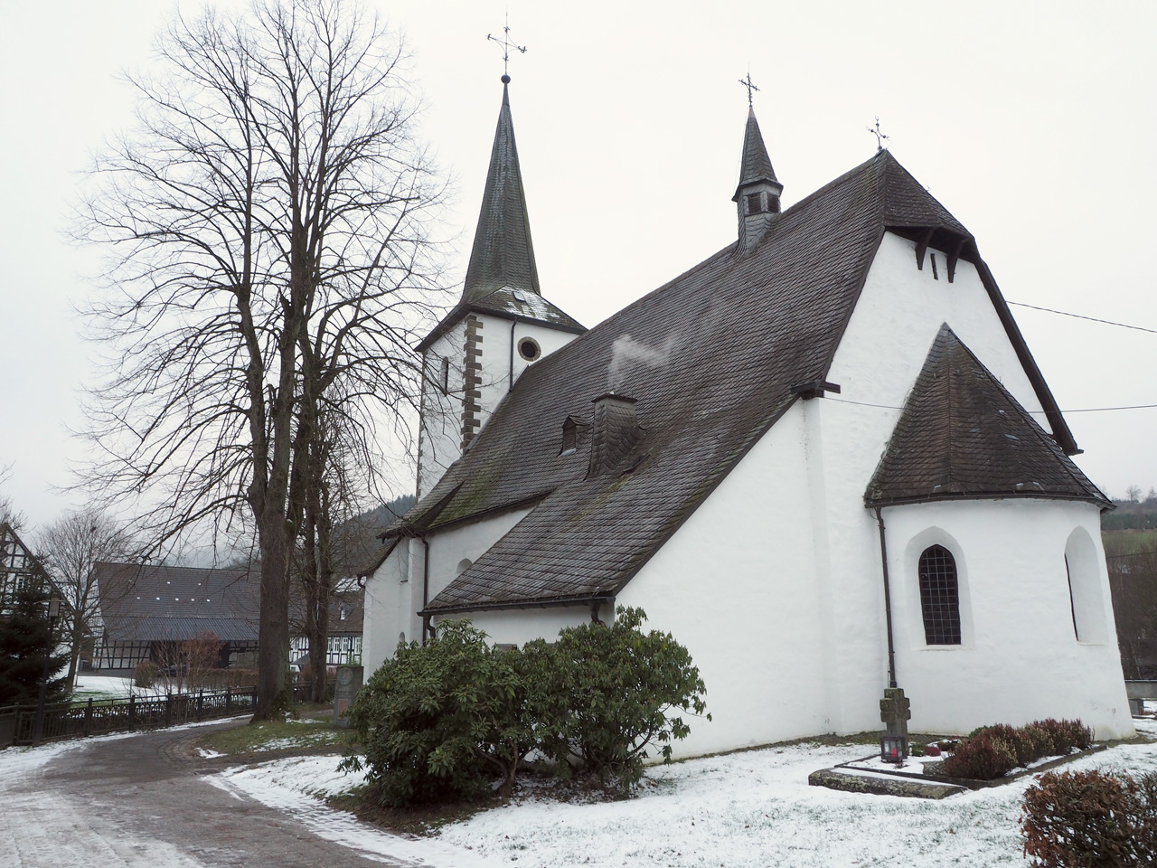 St. Vinzentius kerk Lenne Schmallenberg