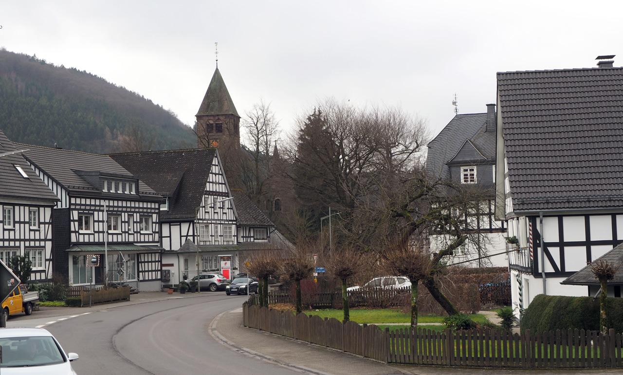 Fachwerk huizen in Saalhausen