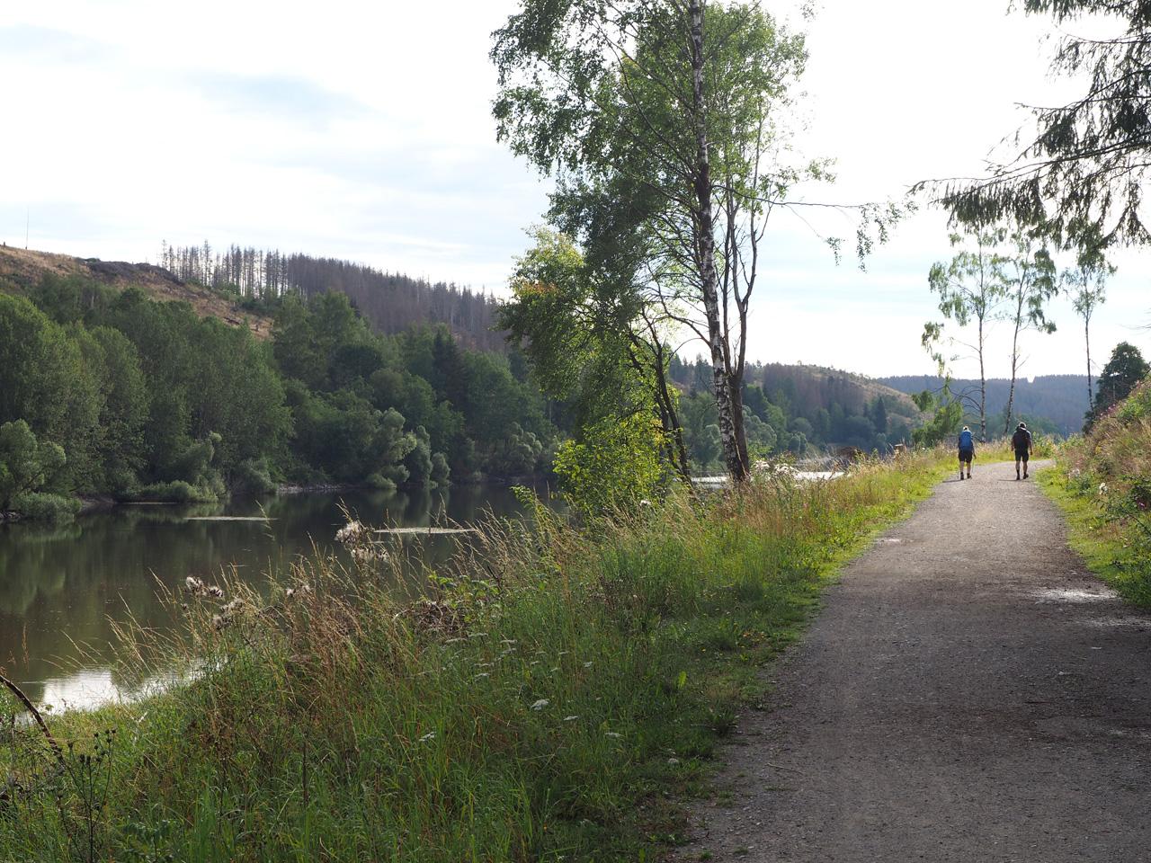 langs de Talsperre Königshütte