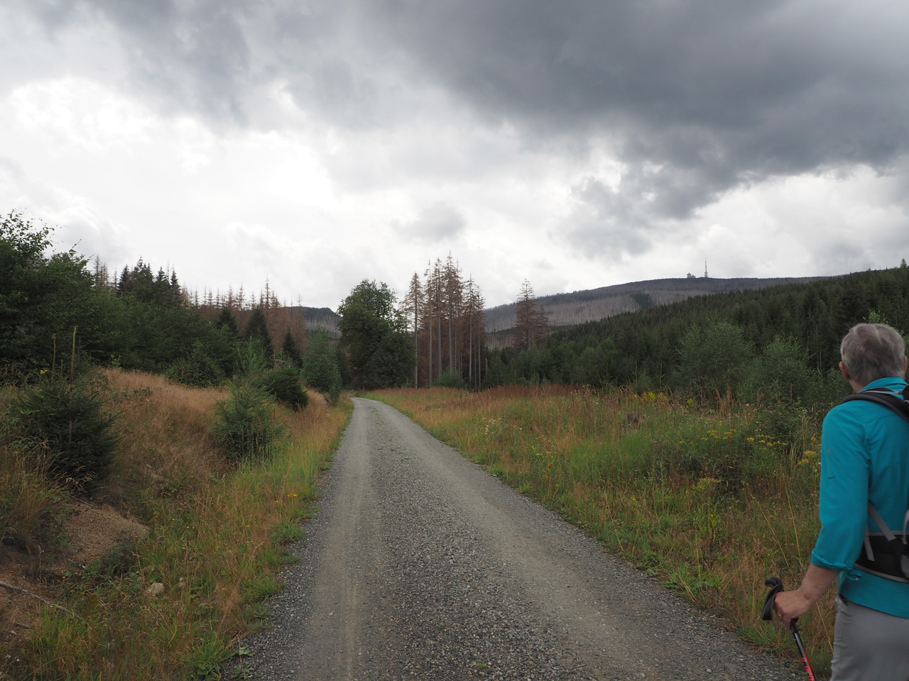 donkere wolken rond de Brocken