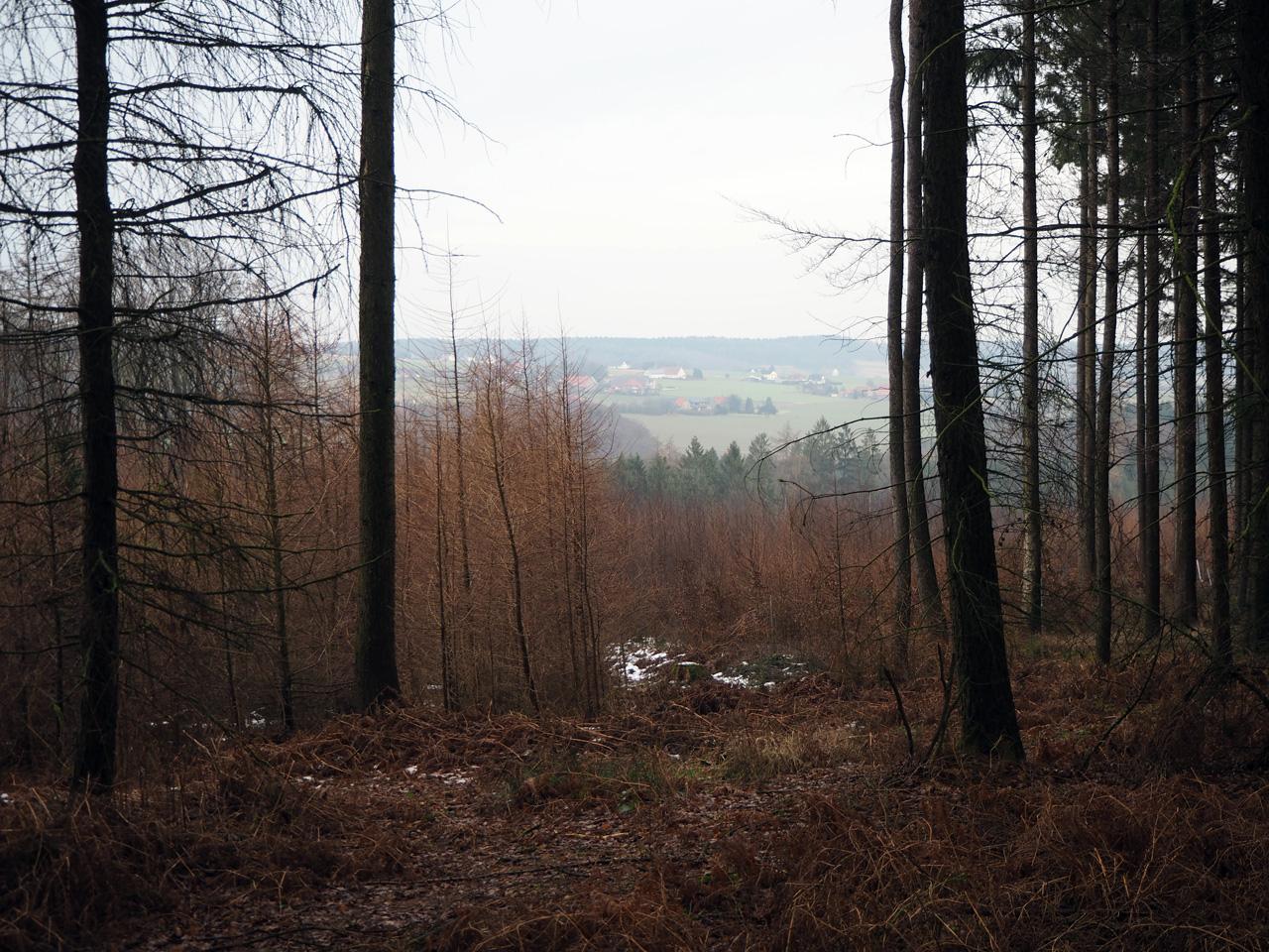 een doorkijkje vanaf de bergrug