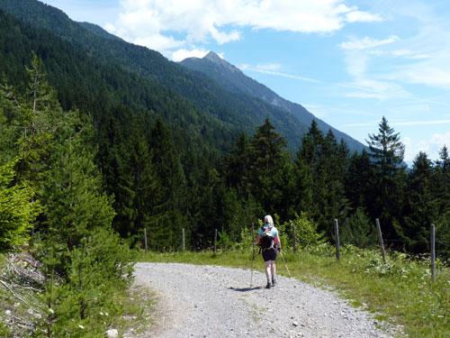 1 km lang volgen we het 19a wandelpad