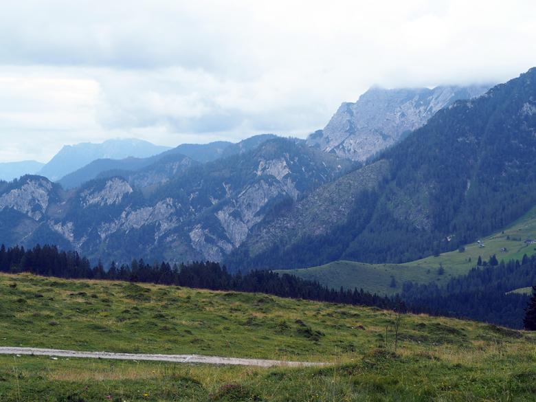 uitzicht vanaf het terras bij de Huberhutte