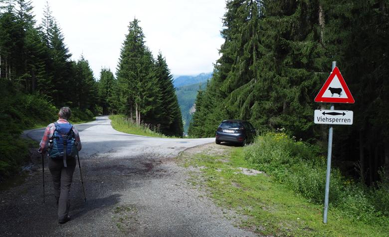 de asfaltweg, nu beginnen we aan het klimwerk
