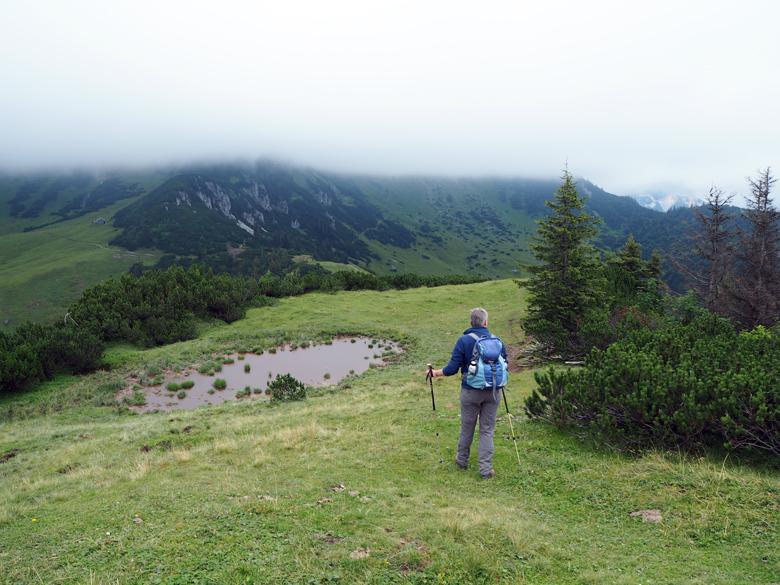 Zicht op de Gosaukamm, helaas in de wolken verborgen