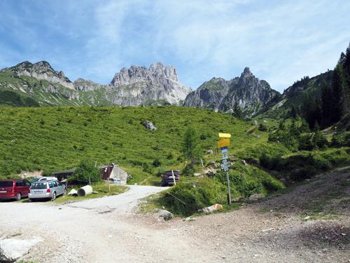 parkeerplaats bij de Wöhrerhütte