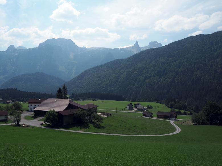 in de verte het Dachtstein Gebirge