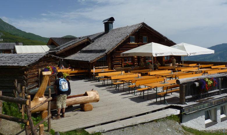 Greifvogelwarte en restaurant Hochalm Rauris