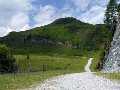 de sintelweg omhoog naar de Schwarzwand