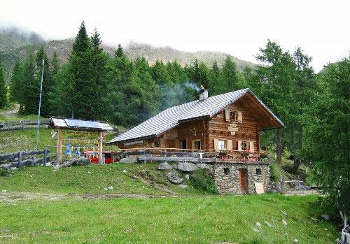 nieuw gebouwde hut