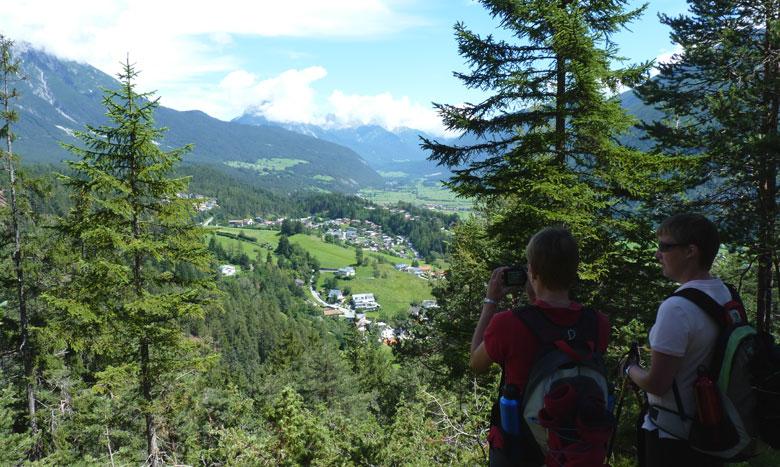 in het bos zijn soms open plekken met mooi uitzicht