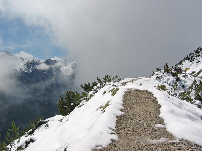 veel paden zijn gesloten vanwege de sneeuwval