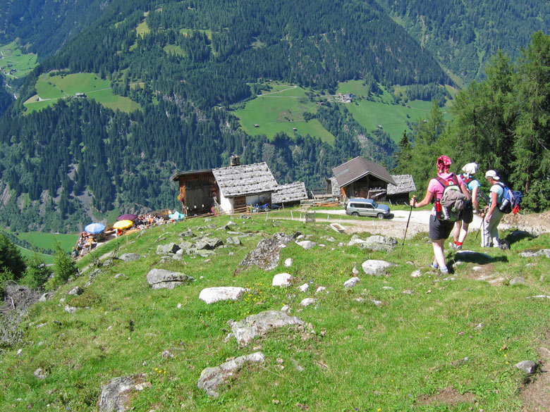 laatste steile afdaling tot aan de Autenalm