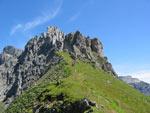 er komen klimmers omlaag van de Steig over de Elferspitze