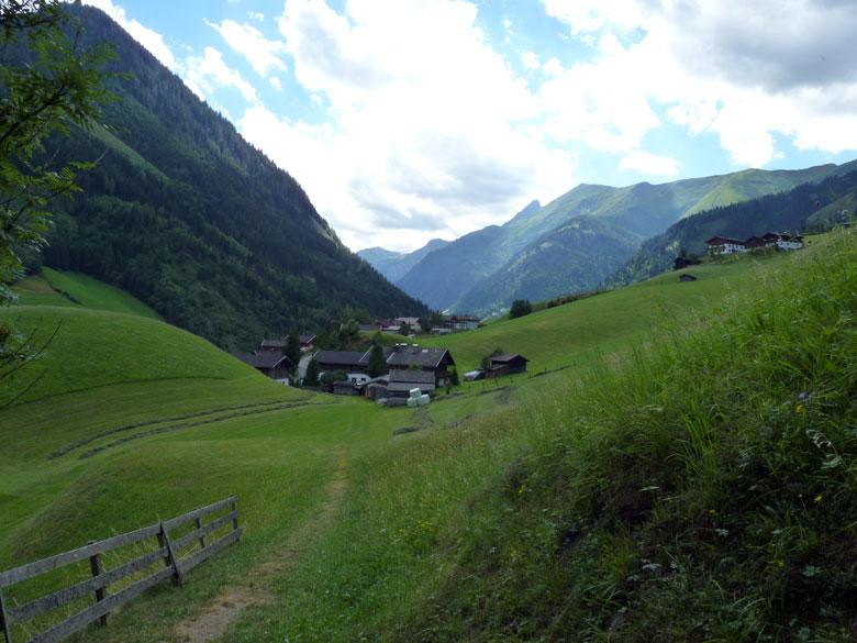afdaling over een Alpenwei