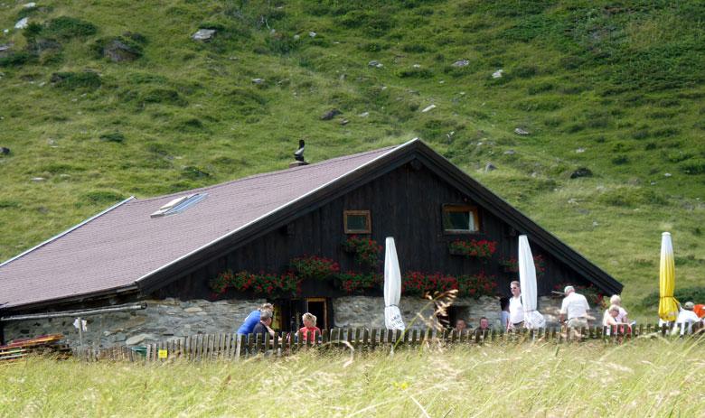 het terras van de Veitbauernhütte