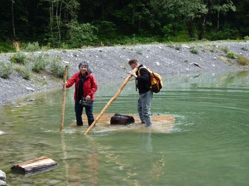 Een Duits stel laat de wandelschoenen vol water lopen