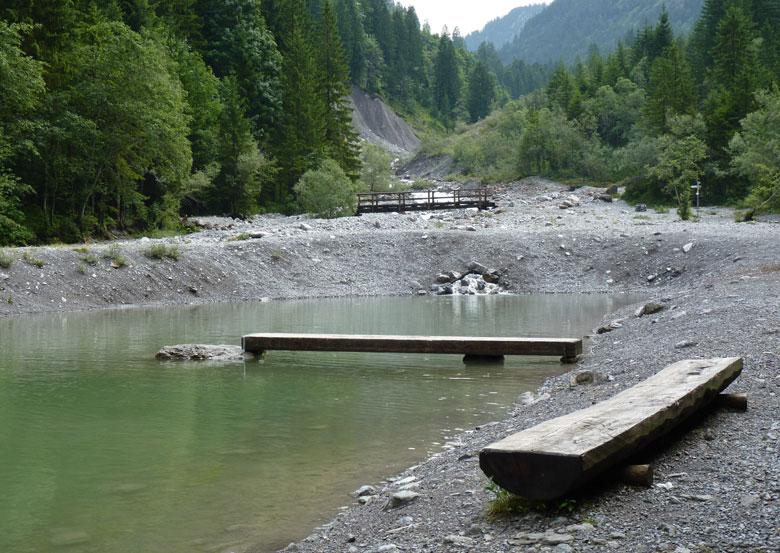 een prachtig dal, leuk om een middagje aan het water door te brengen