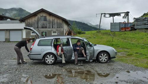 op de parkeerplaats bij Gasthof Rössle