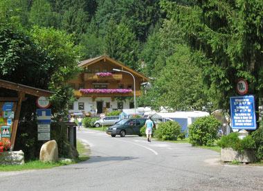 ingang camping Schlossberg Itter