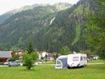Mischbach waterval vanaf de camping hoorbaar en zichtbaar