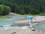 Vanaf de camping is het 1,5km langs de Ruetz wandelen naar dit mooie plekje