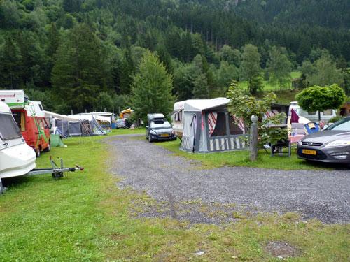Ruime plaatsen met prima voorzieningen op Mountain Camp Pitztal
