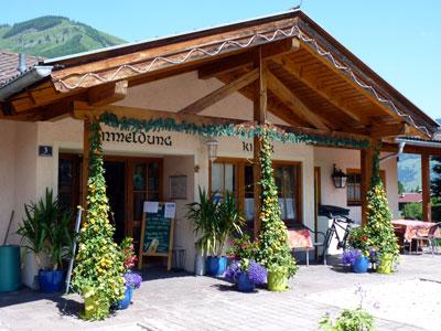 receptie en sanitairgebouw camping Andrelwirt Rauris