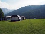 ruim veld voor tent kampeerders