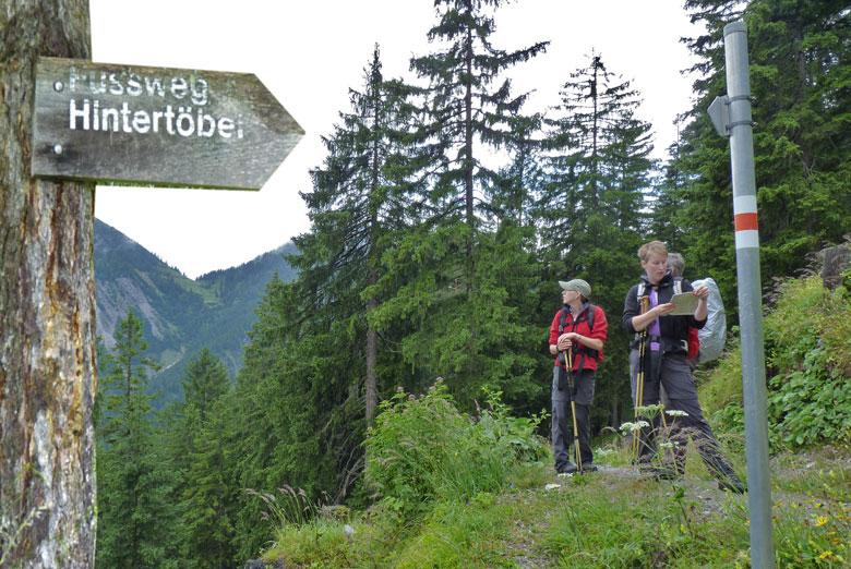 dan verlaten we de brede Forstweg over de Fussweg naar Hintertöbel