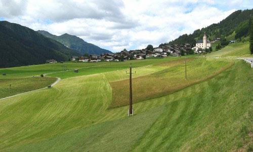 Zicht op het hoogste punt van het Lesachertal, de Sattel
