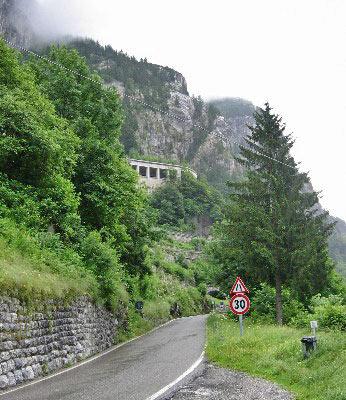 Tunnel op de Plöckenpass