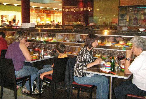 Restaurant Running Sushi