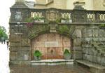 fontein bij de kerk