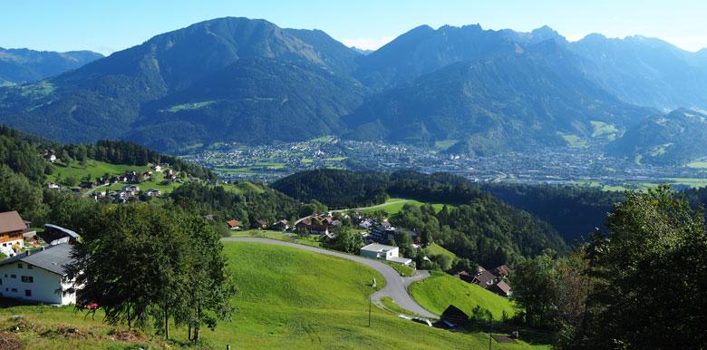 alsmaar die prachtige uitzichten richting Bludenz